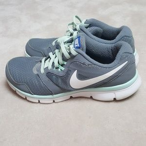 Nike Flex Experience rn 3 Athletic Shoes